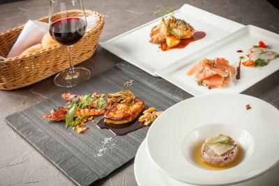 フランス料理をベースに、自由な発想をプラスした創作フレンチを提供しています。和食経験も活かせますよ。