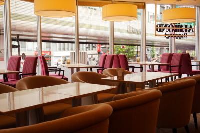 1946年創業の老舗カフェ&パティスリー『アマンド』で、アルバイトしませんか?