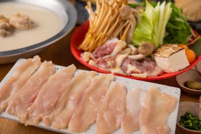 東京駅から徒歩2分の好立地!焼き鳥×ジビエ×ワインが楽しめるお店でキッチンスタッフとして活躍を!