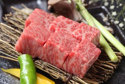 【新規出店】肉割烹料理店の女将(女将候補)募集!月給280,000円~350,000円。お店の顔として新店舗を盛り上げて下さい。
