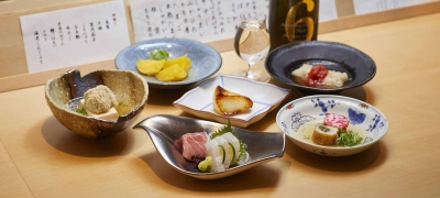 和食や高級食材を使ったおでんを一品一品丁寧に仕上げています。和食の経験を活かして働けます!