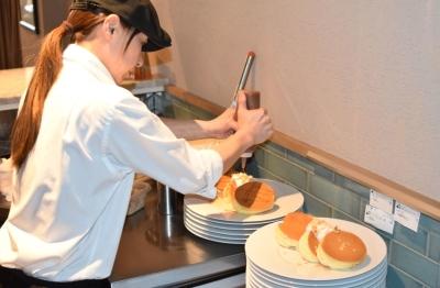 県内初出店のパンケーキがおいしいカフェレストランで、調理スタッフを募集!