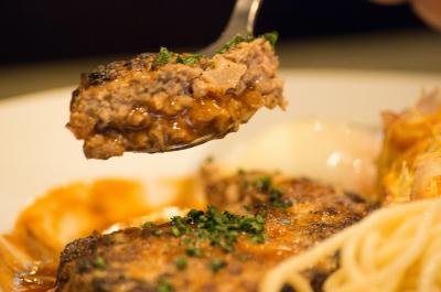 リピーター多数!荻窪にある懐かしい味が大人気の洋食店です