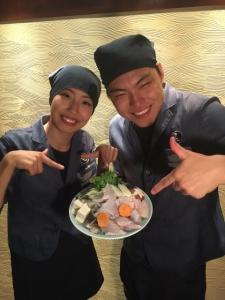 みんな楽しく笑顔で働いているので、一流の調理もサービスもできるんです。