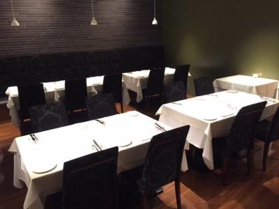 高級店が並ぶ北新地のイタリアンレストランでのホールスタッフ!ソムリエ資格やワインの知識を活かせます◎