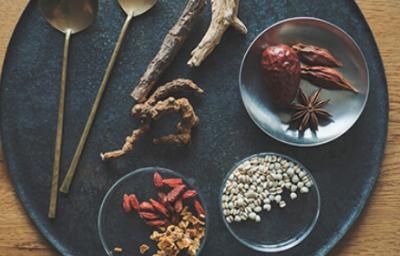 四季を感じられる野菜など、食材にもこだわったとっておきの一皿を生み出していきましょう。