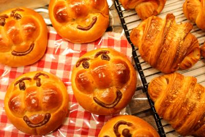 商品開発にもチャレンジ可能!新しいオリジナルのパンを生み出しませんか。