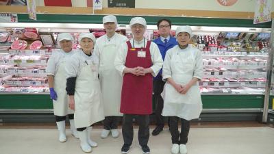 焼肉店、精肉専門店、寿司店、老舗料理店などの調理経験者も活躍中!
