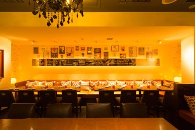 イタリアン&スパニッシュレストラン、計4店舗でホールスタッフを募集!
