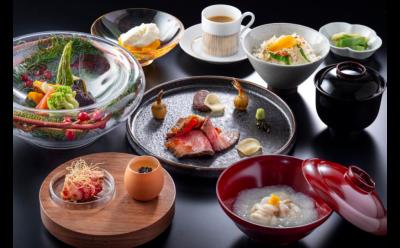 モダンジャパニーズをかかげる日本料理レストランで、キッチンスタッフとして腕をみがきせんか!
