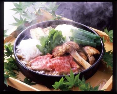 季節感にあふれた、五感に響くお料理とおもてなしを大切に