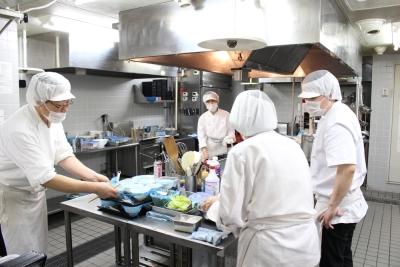 調理経験を活かして、調理スタッフとしてご活躍を。メニュー開発にも取り組めます。