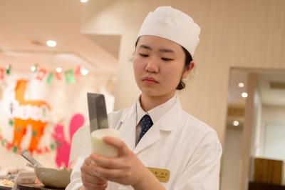 北海道・千葉・山梨・大阪・福岡・大分・鹿児島、11のホテルで調理スタッフを募集。