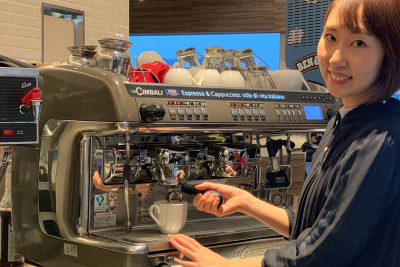 『Frame cafe』で店舗スタッフとしてご活躍ください♪