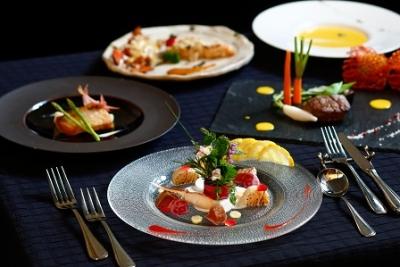 フレンチ・イタリアンからビュッフェ・和食・BBQや、カフェメニューまで幅広いスキルが身につきます☆