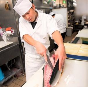株式会社せんざんが運営する11ブランド・29店舗で調理スタッフを募集!あなたの得意ジャンルで活躍を!
