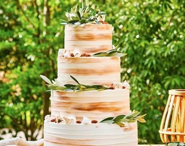 ウエディングケーキをはじめスイーツは、すべて自社オリジナル◎創造性を活かしてケーキ作りを楽しもう!