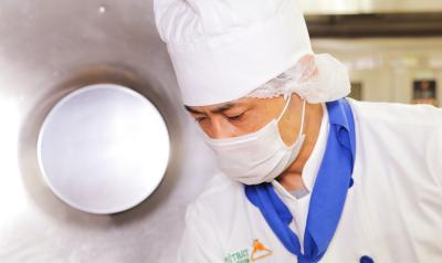 病院内厨房での調理師を募集!患者様の健康回復のためにあなたの経験を活かしてみませんか?