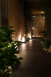 """""""IKI""""をテーマにした大人な空間。日本ならではのおもてなしで、お客さまをお迎えしましょう。"""