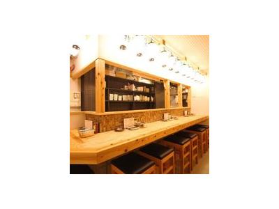 大阪市内の串かつ・串揚げ業態でスタッフを募集しています。