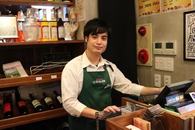 3ブランド4店舗で、店舗スタッフを募集!経験者の方は、即戦力としての活躍を期待しています。