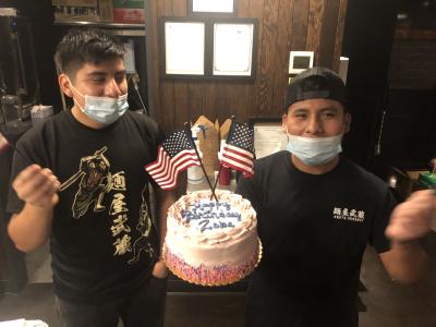 誕生日はみんなで一緒にお祝いするくらい仲良しです◎日本語も堪能なので安心してくださいね◎