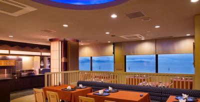 ホテル内からは鳴門海峡にかかる大鳴門橋を一望できます。