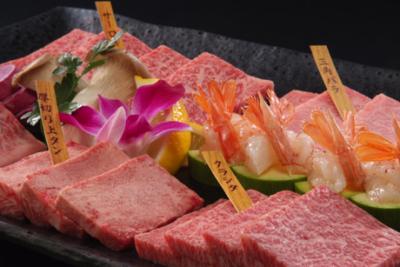 埼玉県内に5店舗を展開する、人気焼肉ブランド◎将来は店長への昇格も可能♪キャリアアップを目指そう!
