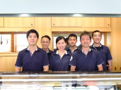 ドイツ・デュッセルドルフにある創業30年の本格和食レストランで、和食・寿司の調理スタッフ募集!