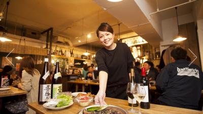 福岡で人気の鶏専門の屋台風居酒屋「ももや精肉堂」が東京初進出!店舗スタッフとしてご活躍ください!