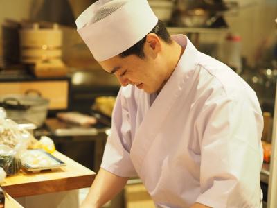 飲食店でのアルバイト経験者求む!本格和食店で一流のサービス・調理が学べます◎
