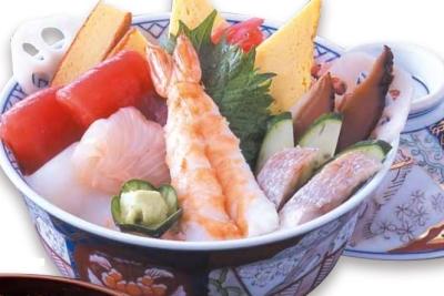 料理長オススメ・季節の旬なものを使ったメニューなどが人気の寿司店
