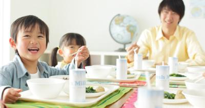 おいしい給食で日本の食育を支えよう!埼玉県内にある給食センターで、調理スタッフとしてご活躍を。