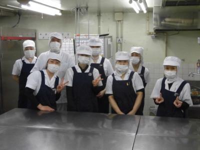 入院患者さまや、職員の食事提供をになう、調理スタッフ。
