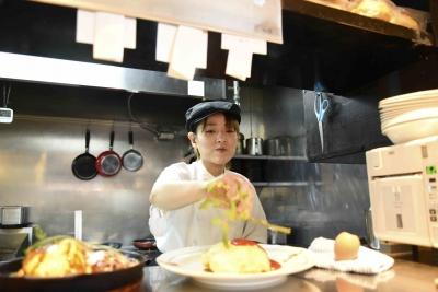 ラケル独自の美味しい卵料理など、調理も学んでいただきます!