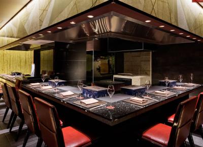 お客さまにとって特別な心踊る味とサービスを提供。ここで調理スキルをさらに磨きませんか?