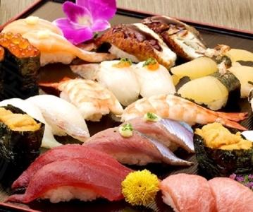 「本物の味をご自宅で」をテーマに、新鮮な寿司をお届けしています。