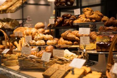 オールスクラッチ製法で取り組む『DEAN & DELUCA』ブランドのパン製造!