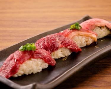 """""""肉×寿司""""の新スタイルを提案するブランドで、新スタッフを募集します!"""