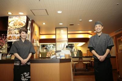 将来的には店長からマネージャーや部長職、さらには直営店を引き継いでオーナーデビューも可能!