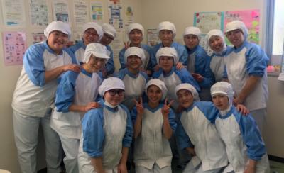 神奈川県内の小学校の給食提供をになう調理スタッフとして、一緒に働きませんか?