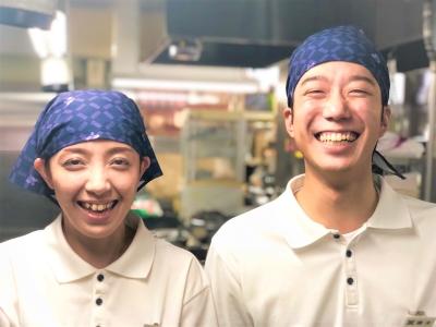 北九州を中心に、人気うどん店「資さんうどん」を展開しています
