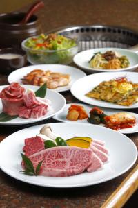料理やおもてなしに関する社内勉強会も実施。常にスキルアップできる環境があります