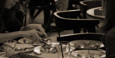 日本国内で個性豊かな飲食店を90店舗以上展開している安定企業。
