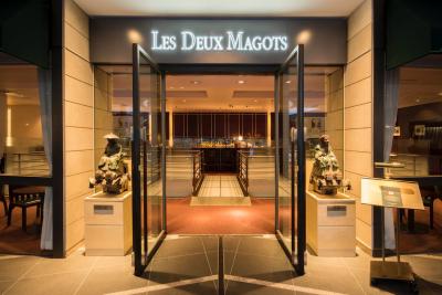パリで最も有名なカフェの一つ!フレンチビストロ&カフェで、マネージャー募集!