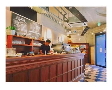 8月から店長としてカフェ運営をお任せします!