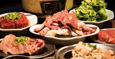 ラーメン店や居酒屋など、多様なジャンルの飲食店を300店舗以上展開する東証一部上場企業。