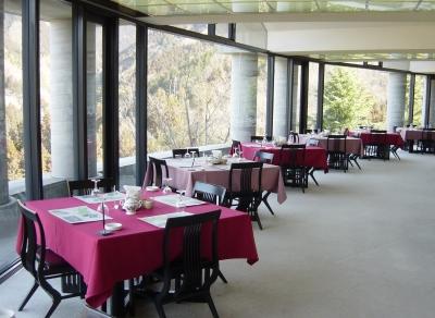 3月に営業を再開したばかりのレストランで、キッチンを一緒に盛り上げてください!