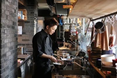 キャリアプランは多数!料理長になれば月給45万円も可能!