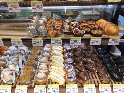 オールスクラッチ製法によるパン作りのノウハウを学びませんか。
